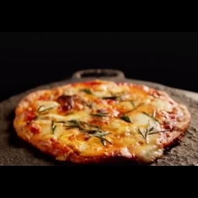 Gyorsfagyasztott sonkás pizza paradicsomos alap 150 g